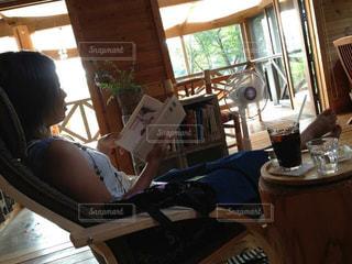コーヒー,お部屋,室内,読書,のんびり,雨の日