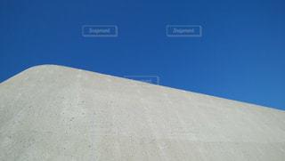 青と白のカフェの写真・画像素材[1106841]