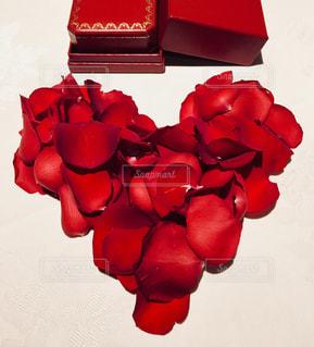 赤,バラ,指輪,花びら,薔薇,ハート,レストラン,真っ赤,プロポーズ