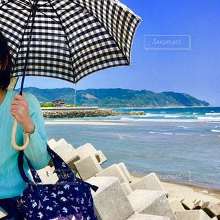 日傘は必需品の写真・画像素材[1119448]