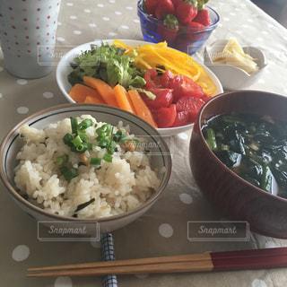 和食の朝ごはんの写真・画像素材[1145153]