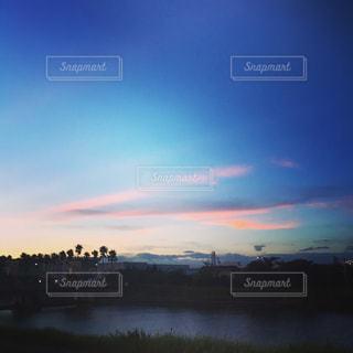 夕暮れの空の写真・画像素材[1465797]