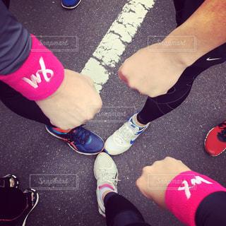 スポーツ,足,手,人物,人,ジョギング,マラソン,手袋,運動,グー,マラソン大会,運動靴,スポーツの秋,リストバンド