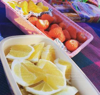 いちご,苺,デザート,フルーツ,果物,ピクニック,くだもの,みかん,カット,柑橘,日向夏,フレッシュ,柑橘類,持ち寄り,イチゴ,カットフルーツ,柑橘系,フレッシュフルーツ