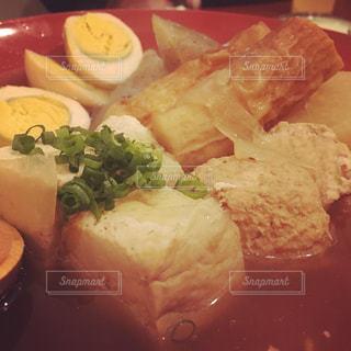 食べ物,食事,ディナー,茶色,卵,料理,たまご,おでん,ベージュ,大根,ちくわ,だいこん,ミルクティー色