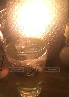 飲み物,屋内,ライト,グラス,照明,泡,カクテル,乾杯,バー,ドリンク,お一人様