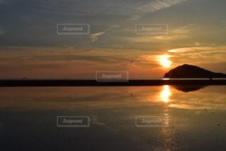 瀬戸の夕日の写真・画像素材[1238849]