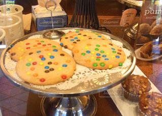 おやつにクッキー食べよ🍪の写真・画像素材[1098039]