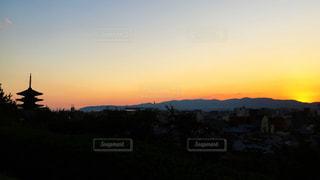 八坂の塔の夕日の写真・画像素材[798062]