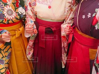 袴を着て卒業式へ🌸の写真・画像素材[1086907]