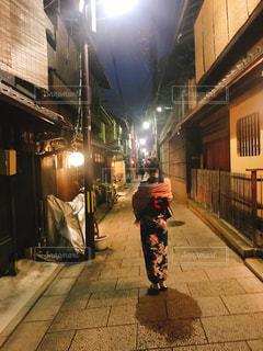 夜,京都,後ろ姿,着物