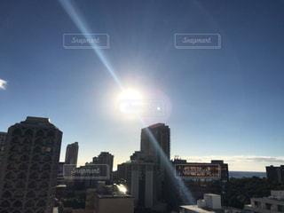 ハワイの街の空の写真・画像素材[1124391]