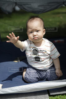 公園,夏,外,男の子,1歳,半袖