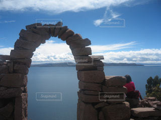 風景,景色,外国,旅行,旅,門,石,海外旅行,ボリビア,チチカカ湖,ゲート