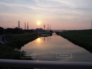 空,夕暮れ,川,水面