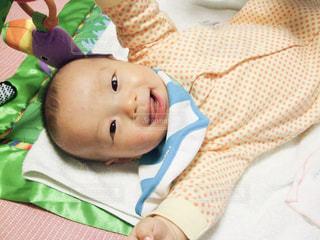 赤ちゃんの笑顔の写真・画像素材[1205918]