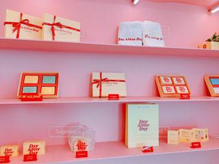 屋内,ピンク,赤,壁,棚,可愛い,デザイン,たくさん,韓国,パステル,ファンシー,石鹸屋
