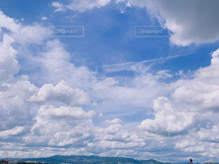 空の雲の写真・画像素材[2416206]