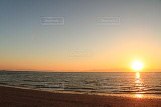 海,夕日,屋外,青,景色,癒し,旅行,気分転換,オレンジ色,夕空,無加工,インスタ映え,多色