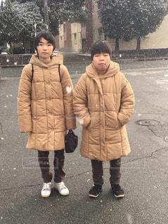 年子兄弟冬のコーデフォトの写真・画像素材[1670906]