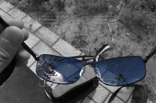 サングラスの青空の写真・画像素材[1113503]
