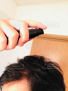 男性,髪,かっこいい,男,髪型,カツラ,ふさふさ,毛,髪の毛,成功,頭,根,ハゲ,おでこ,努力,強い,生える,悩み,栄養,はげ,薄毛,カッコいい,カッコイイ,自信,ガード,かつら,フサフサ,おとこ,たくましい,生え際,あたま,育毛,育つ,最強,効果,頭髪,育成,モテ,はえぎわ,育毛剤,コンプレックス,オトコ,頭皮,毛髪,毛根,弱点,フィンジア,短所,生やす,養毛,効能,モテ髪