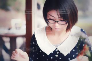 女性の写真・画像素材[1350360]