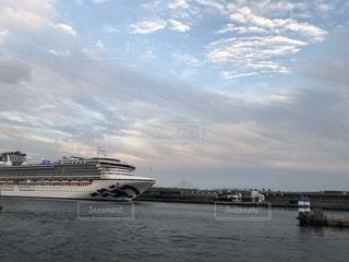 海,空,秋,景色,横浜,豪華客船,赤れんが倉庫,ダイアモンドプリンス