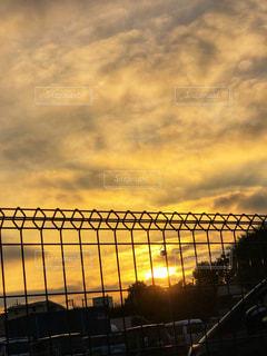 近くの橋の上の写真・画像素材[1261606]