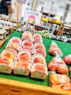 食べ物,秋,ピンク,フルーツ,実,くだもの,果実,店内,甘い,桃,実り,直売所,特産品