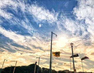 空には雲のグループの写真・画像素材[1445627]