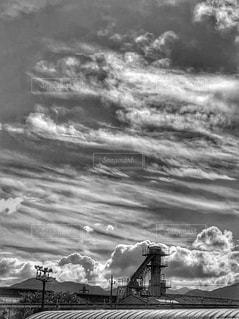 モノクロ,秋空,空の日