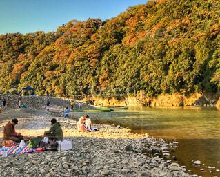家族,アウトドア,秋,紅葉,川,河原,観光,旅行,神奈川