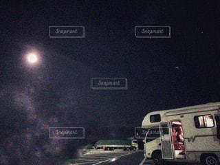 お月見の夜の写真・画像素材[1621855]