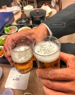 グラス,ビール,お悔やみ,喪服,告別式,私とごはん,けんぱい