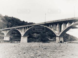 橋,水辺,白黒,景色,河原,旅行,曇り空,ホワイトカラー