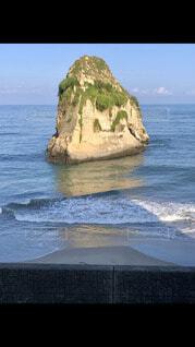 大きな岩場の写真・画像素材[4911837]