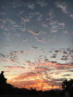空,雲,夕暮れ,色,秋空,色・表現