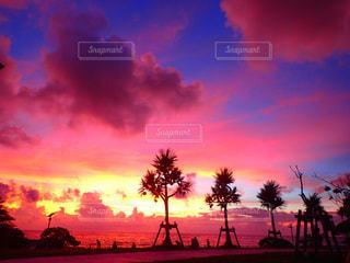 夕焼け,沖縄,サンセット,沖縄の景色,ピンク色の空,キレイな夕焼け