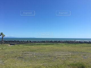 海と平地の写真・画像素材[1127995]