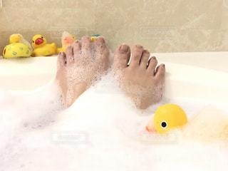 のんびりお風呂タイムの写真・画像素材[3116821]