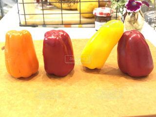 食べ物,赤,カラフル,野菜,食品,オレンジ色,黄,食材,パプリカ,フレッシュ,ベジタブル