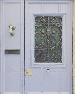 南フランスのドアの写真・画像素材[1129449]