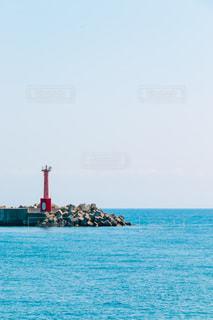 防波堤と空と海の写真・画像素材[1227348]