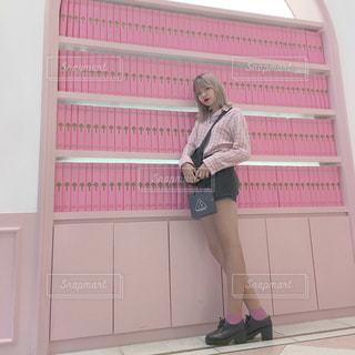 女性,海外,ピンク,綺麗,チェック,洋服,オシャレ,可愛い,メイク,韓国,コスメ,ハーフ,春物