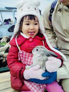 初めてのウサギ抱っこ - No.1158994