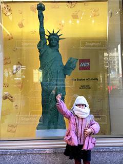 自由の女神レゴと女の子 - No.1169554