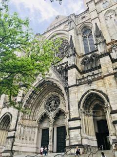 セント・ジョン・ザ・ディバイン大聖堂の写真・画像素材[1196328]
