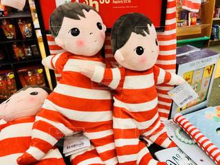 書店で見かけた人形の写真・画像素材[1264295]
