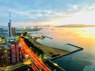 ホテルから見た夕日の写真・画像素材[1270303]